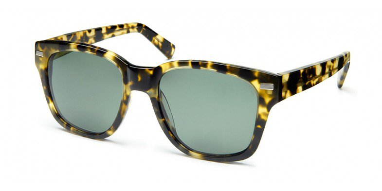 Whether your mom needs a prescription pair of shades or you'd like to just give her an upgrade on her usual pair, these Warby Parker Everett Gimlet Tortoise Polarized Sunglasses ($95) make it easy to do either, stylishly.