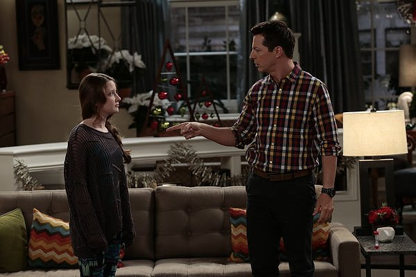 "Sean Saves the World Sean (Sean Hayes) and Ellie (Samantha Isler) on Sean Saves the World's holiday episode, ""Best Friends Never,"" airing Dec. 12 on NBC."