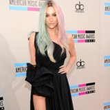 Kesha Dress at American Music Awards 2013