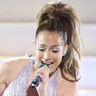 Jennifer Lopez Hair and Makeup at American Music Awards 2013