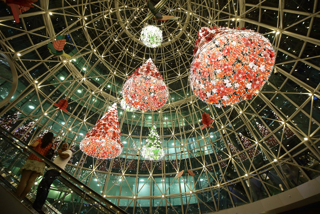A shopping mall in Singapore was decked out.