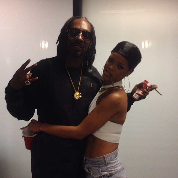 Snoop Lion shared a snap from his hangout session with Rihanna. Source: Instagram user snoopdogg