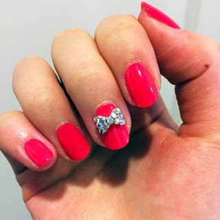 How to Get a Bow-Tie Nail Art Look