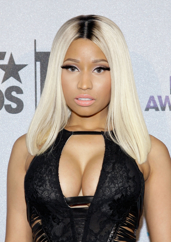 At the 2013 BET Awards, Nicki surprised us with a much more toned-down look.