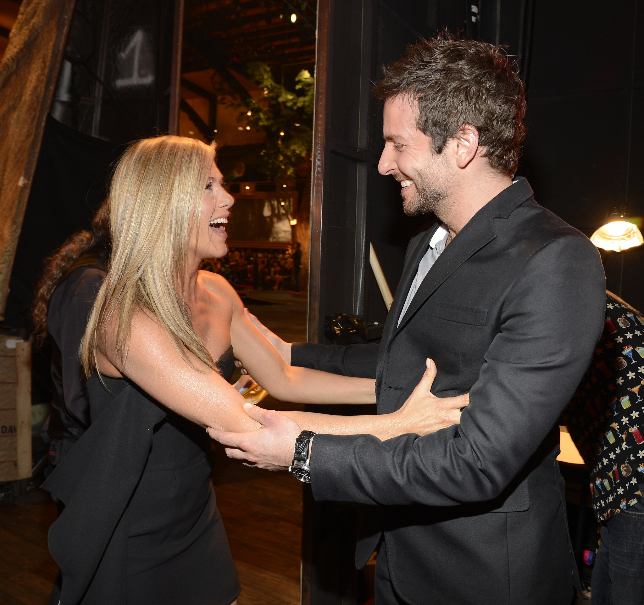 Jennifer Aniston and Bradley Cooper shared a sweet moment backstage at the Spike Guys' Choice Awards.
