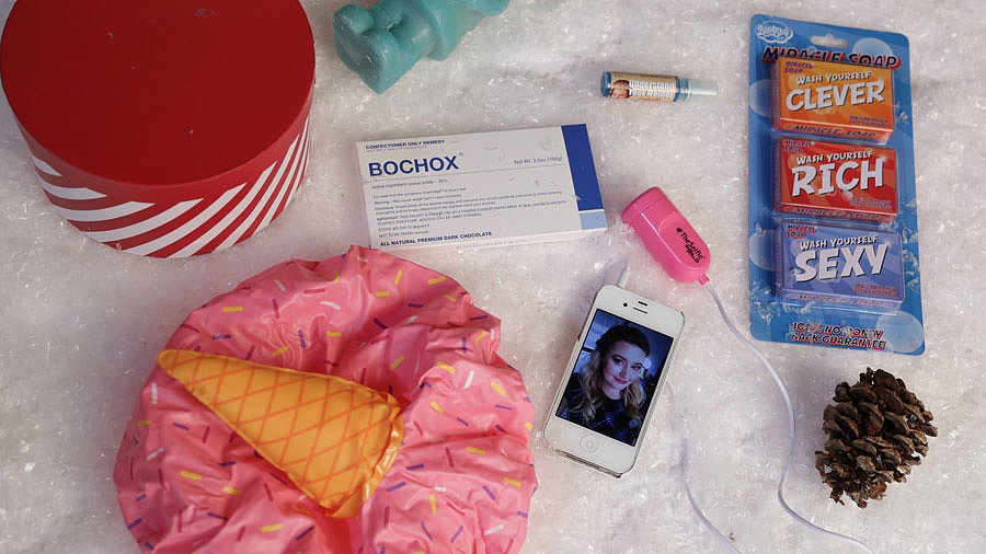 This Selfie Gadget Is a White Elephant Exchange Star!