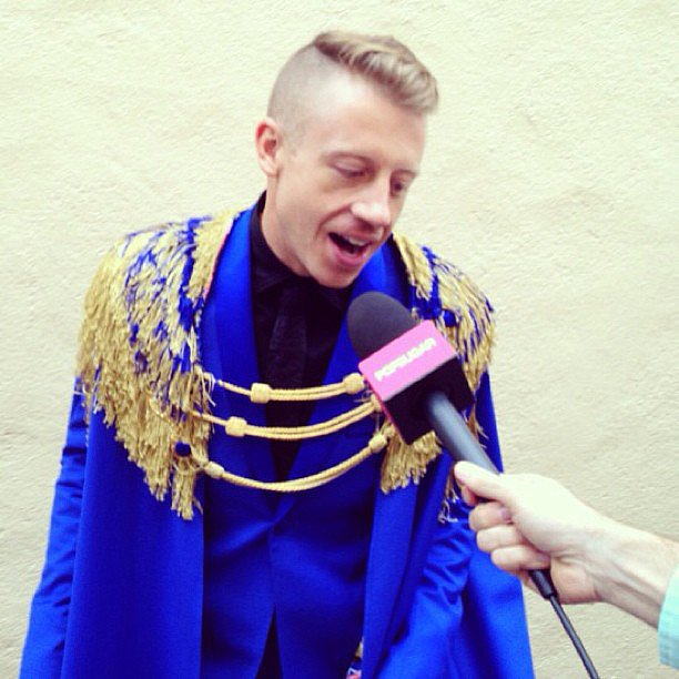 Macklemore had a flare for dramatics at this year's MTV Movie Awards.