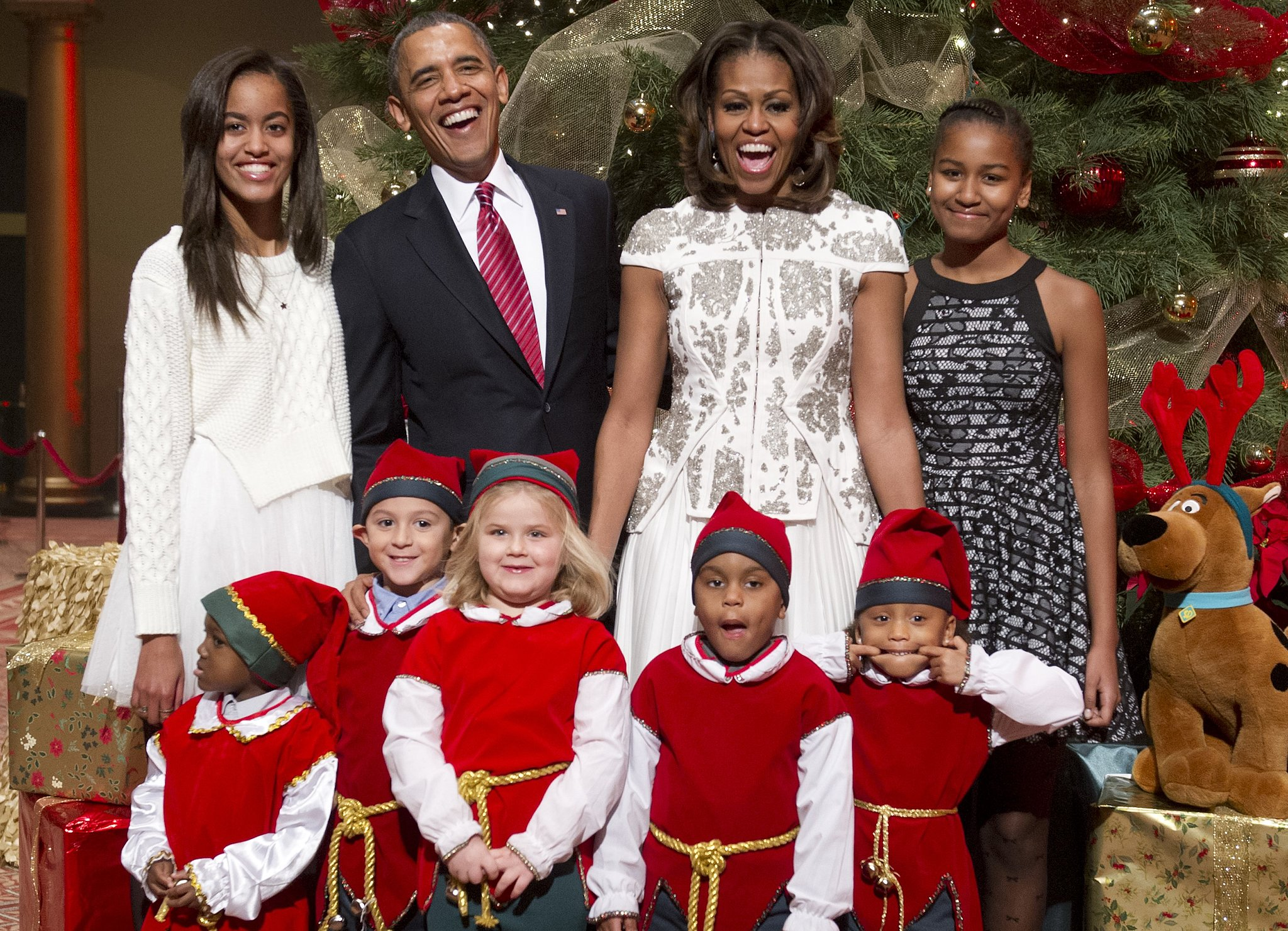 President Barack Obama and First Lady Michelle Obama had a laugh with their family