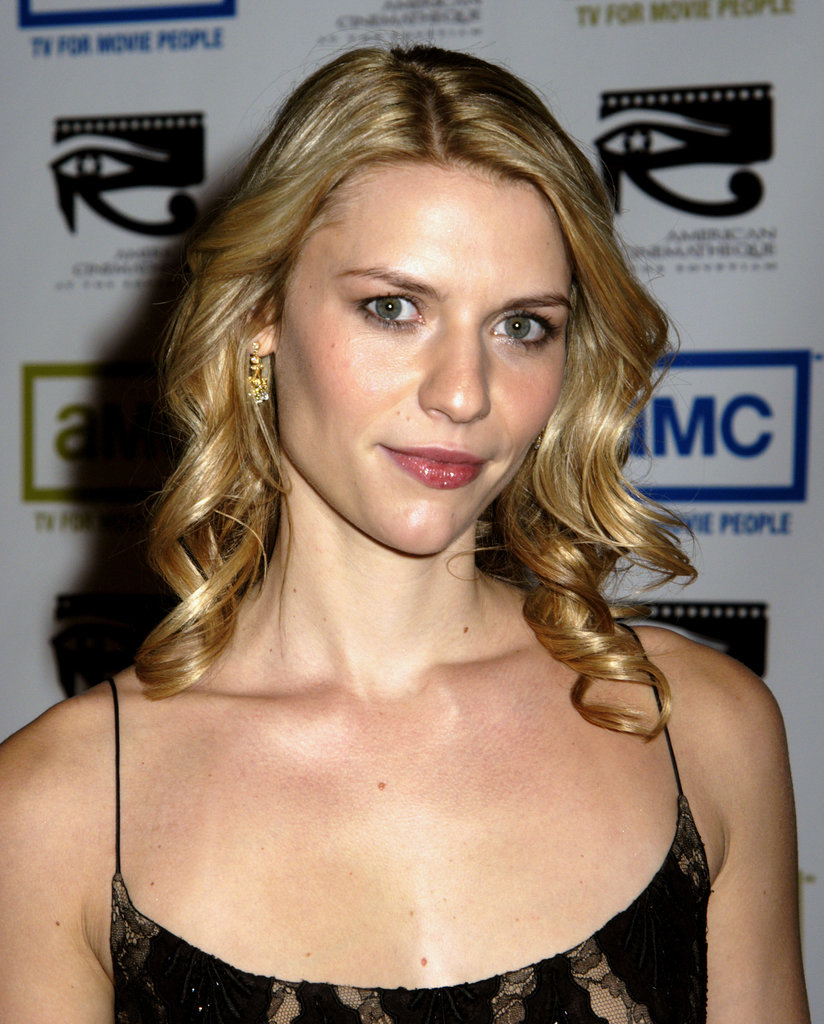 Her dewy complexion made her appear to be glowing at an event in 2004.