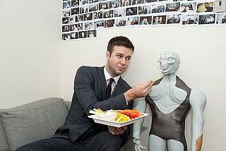 SNL's Taran Killam Lives Off Pumpkin-Spice Lattes and Christmas Cookies