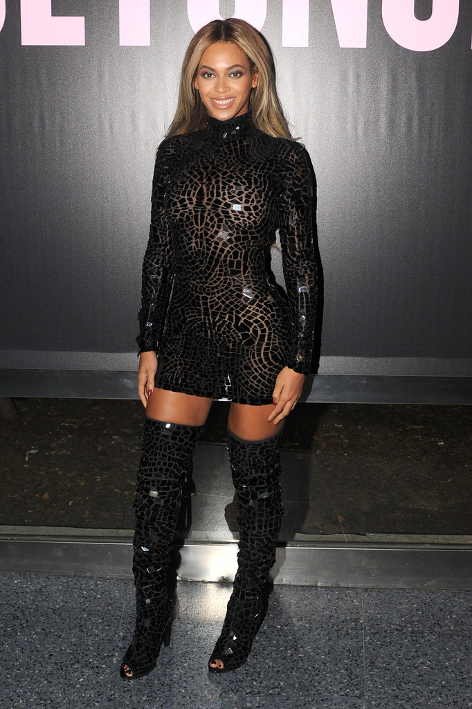 Beyoncé put her fit frame on display.