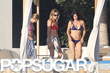 Jennifer, Molly McNearney, and Courteney all wore two-piece bikinis for their day in the sun.