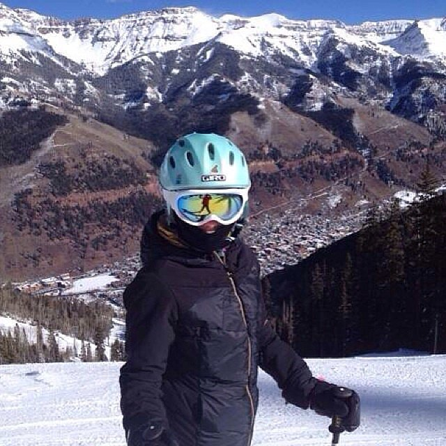 Kelly Ripa hit the slopes.  Source: Instagram user kellyandmichael