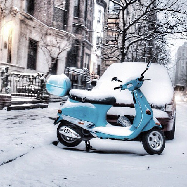 Snow day, Manhattan style. Source: Instagram user lelobnu