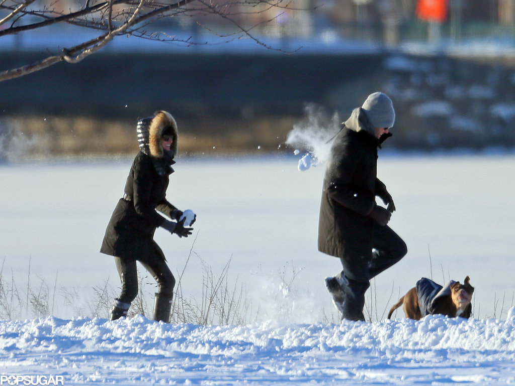 Here's Gisele Beaning Her Quarterback Husband With Snowballs