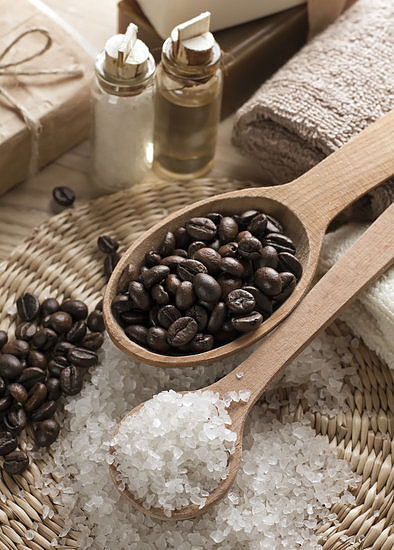 If you're craving a coffee fix, turn to this DIY body scrub that mixes grounds, sugar, and coconut oil.