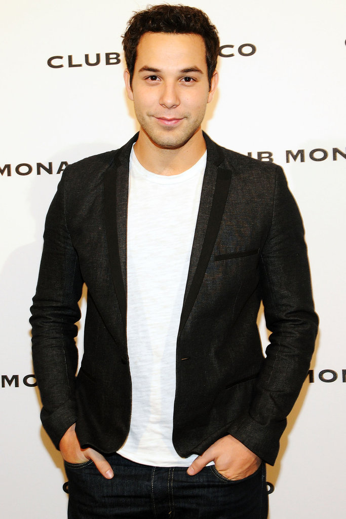 Skylar Astin on Glee