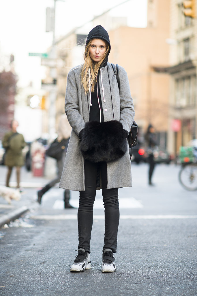 A luxe muff does more than provide warmth. Source: Le 21ème | Adam Katz Sinding