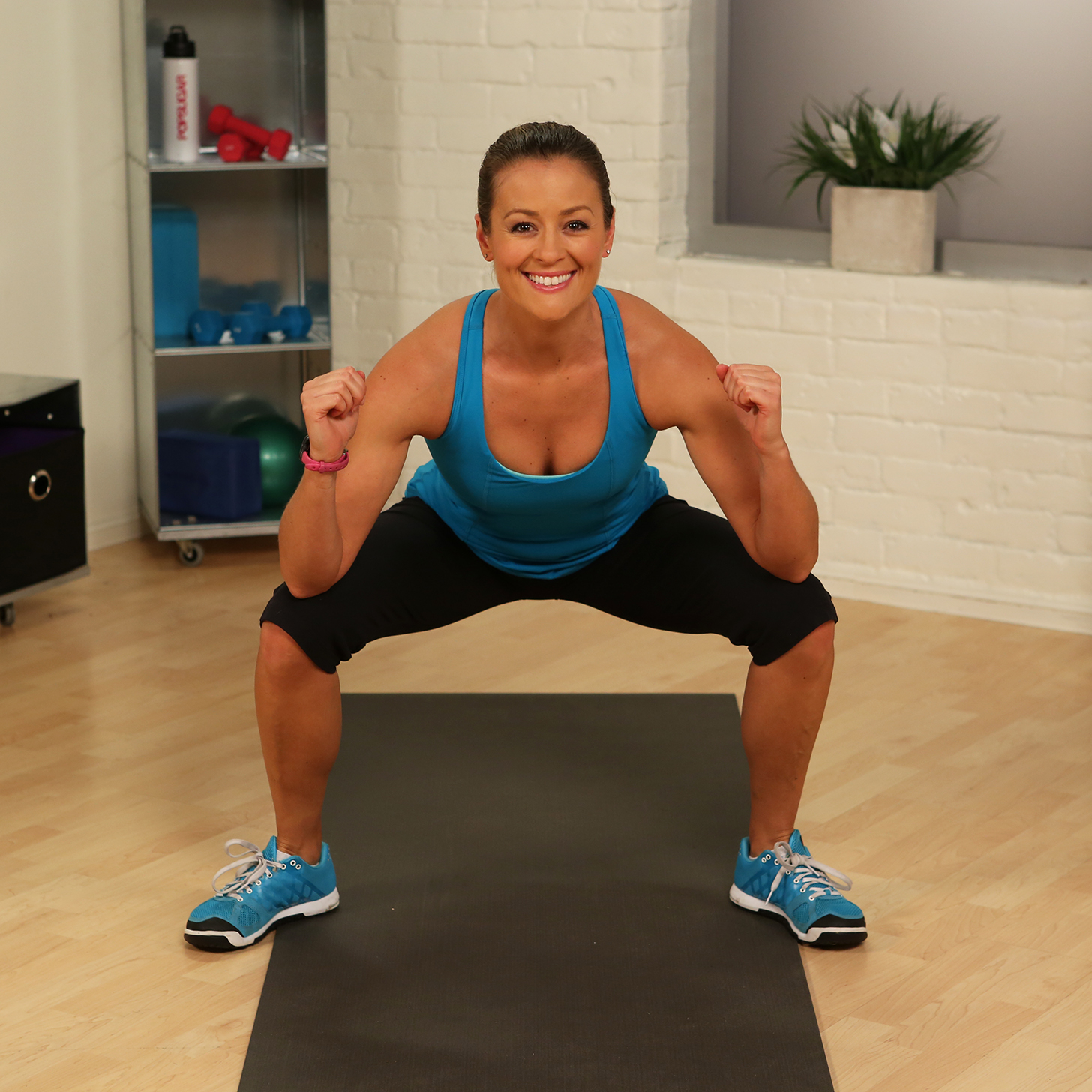 One minute fitness challenge gate swings popsugar