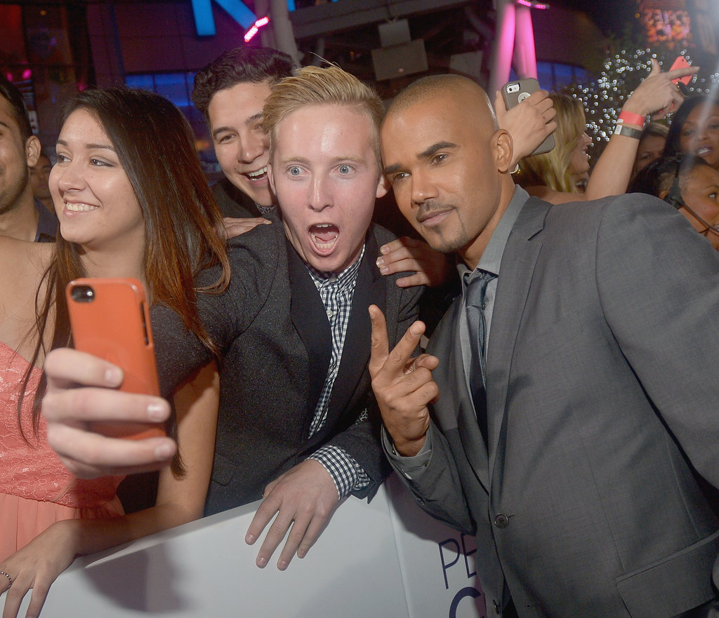 One fan perfectly captured the appropriate reaction of a selfie alongside Shemar Moore.