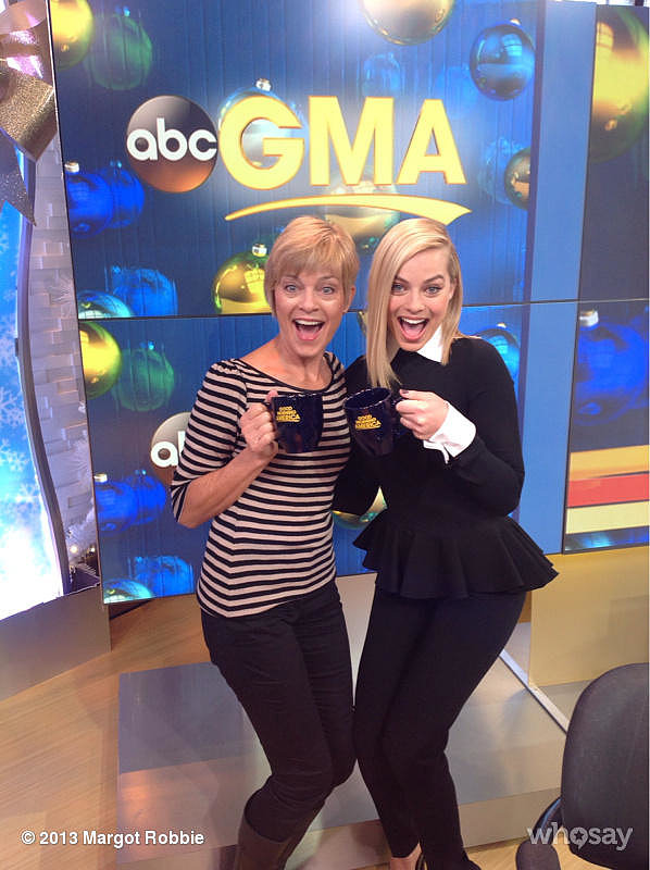 Margot Robbie and her mom showed off their new GMA coffee mugs while on the set. Source: Margot Robbie on WhoSay