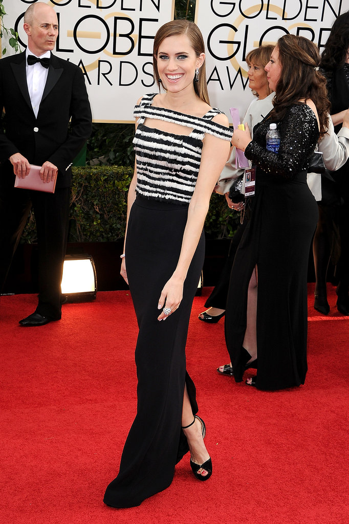 Girls star Allison Williams looked gorgeous at the Golden Globes.