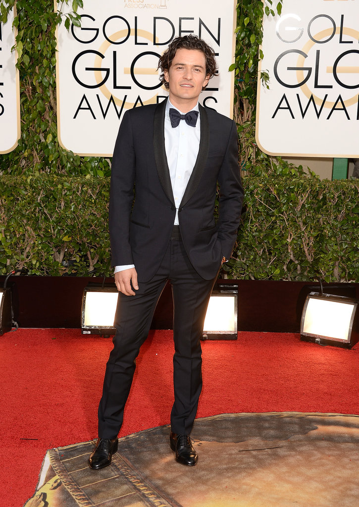 Orlando Bloom made a hot stop in front of the cameras.