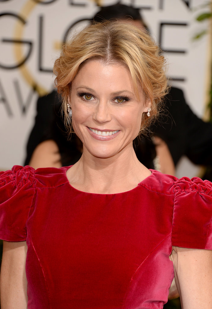 We see you Julie Bowen, sporting the perfect updo!