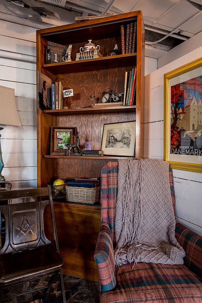 This reading nook complete with a throw blanket has to be one of the best ways to beat the cold at Sundance.  Photo by Michael Friberg via Airbnb