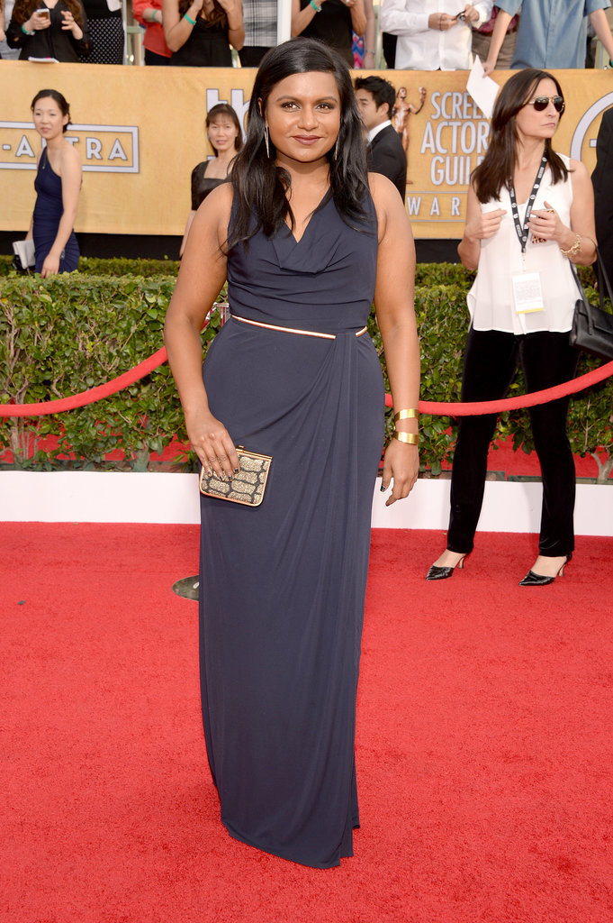Mindy Kaling was a vision in navy blue at the SAG Awards.