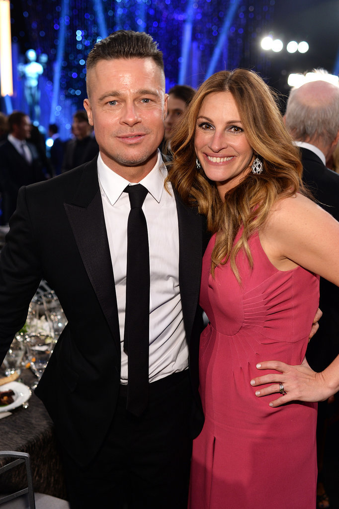 Julia Roberts and Brad Pitt posed.