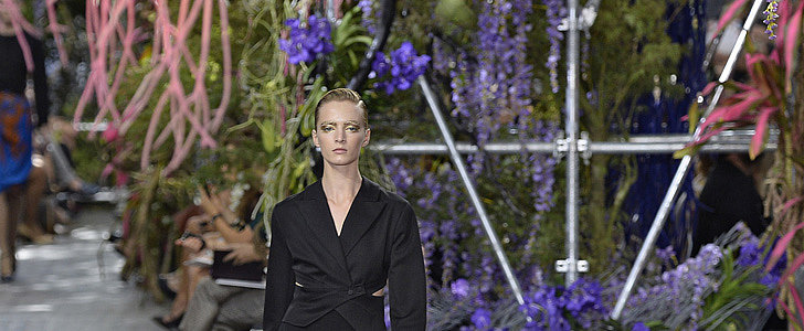 Don't Forget Paris!The Full Fashion Week Schedule Is Here