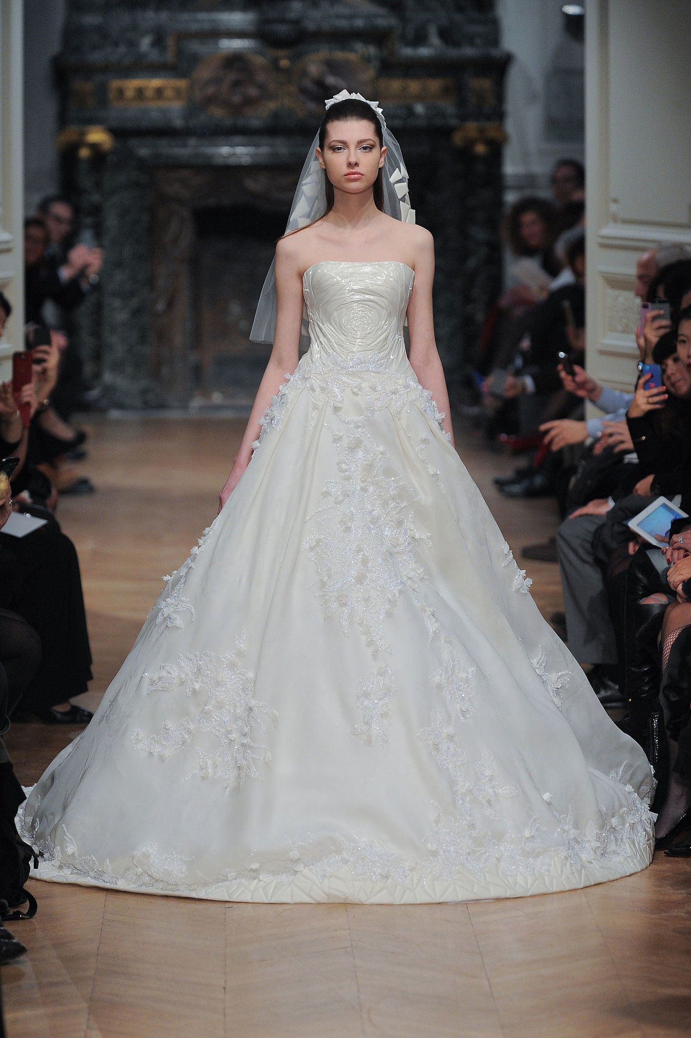 Tony ward haute couture spring 2014 25 couture looks we for Chanel haute couture price range
