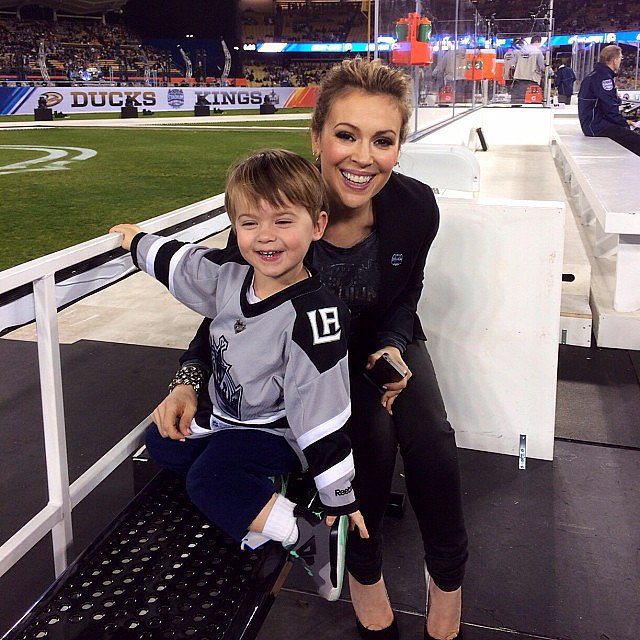 Alyssa Milano and Milo attended the outdoor LA Kings game that was part of the Stadium Series. Source: Instagram user milano_alyssa