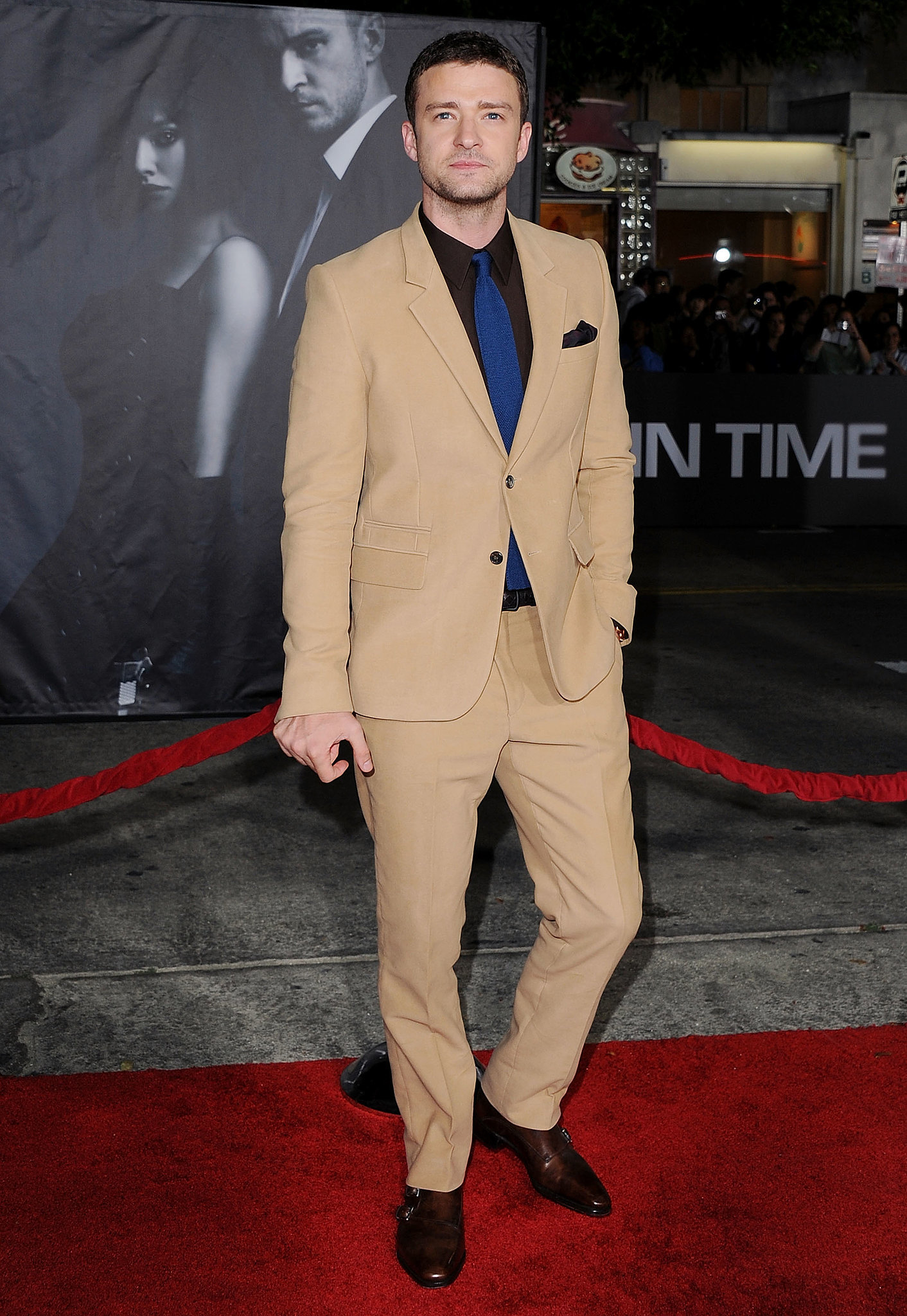 Justin showed off a risky color combo at the In Time premiere in October 2011 — his camel-colored suit, brown shirt, and navy tie wo