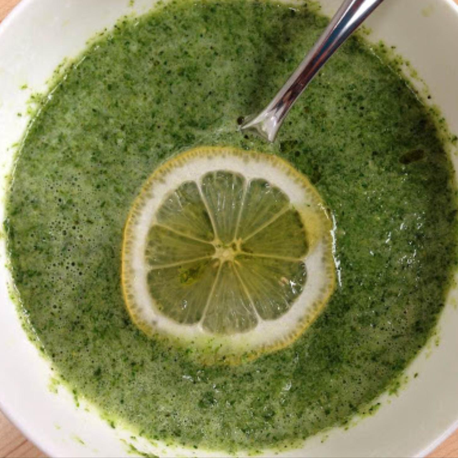 Gwyneth-Paltrow-Broccoli-Arugula-Soup.jpg
