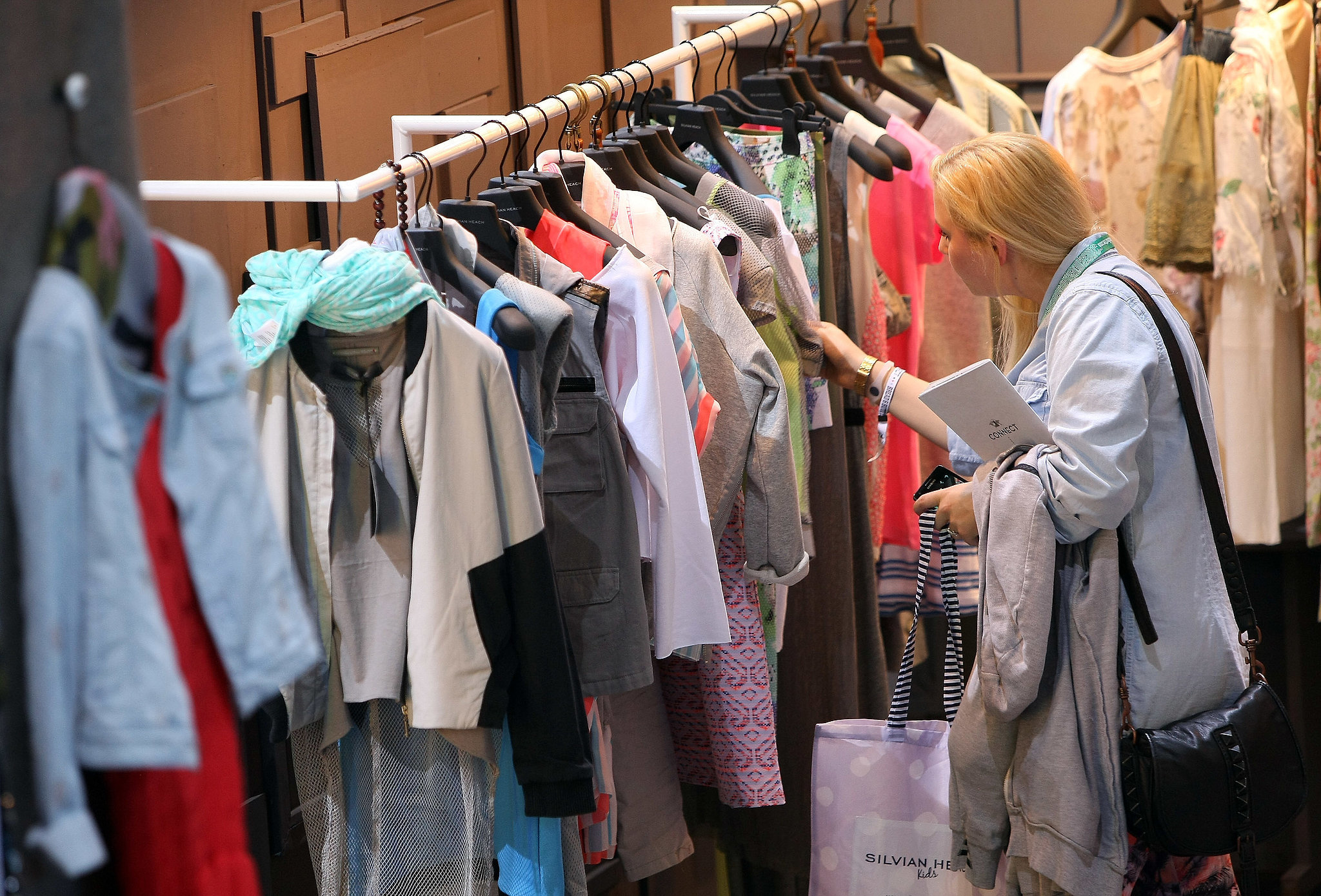 How to sell used clothing popsugar fashion for Best consignment stores nyc