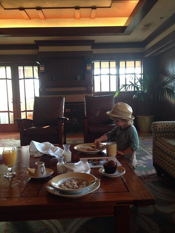 Arthur Bleick enjoyed a big breakfast in his suite at Disneyland. Source: Twitter user SelmaBlair