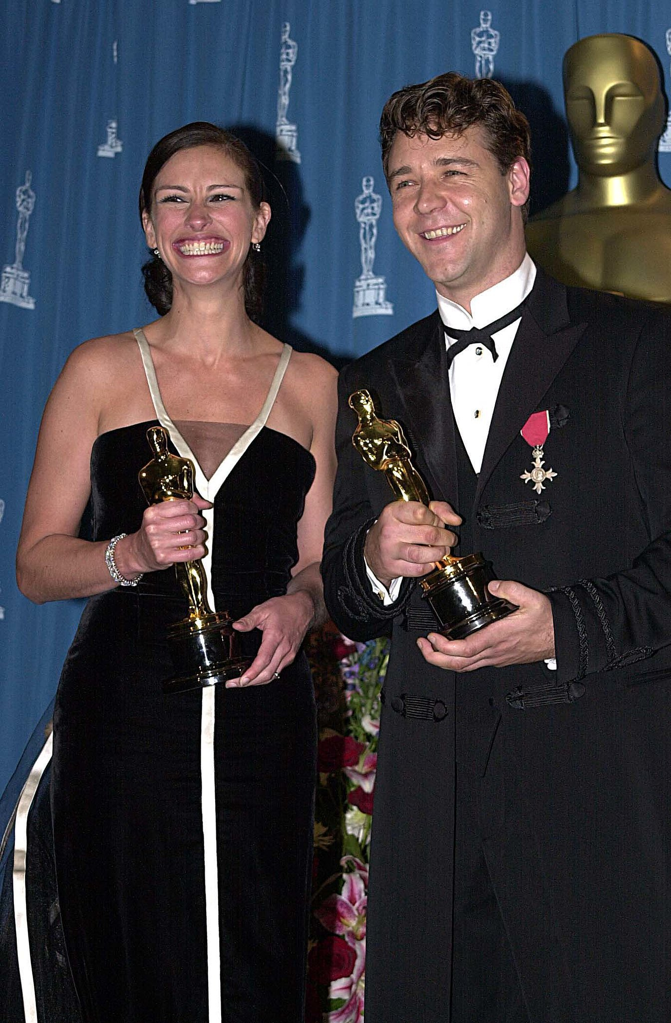 Julia Roberts won for Erin Brockovich the same year Russell Crowe did for Gladiator, and the two met up in the press room during the 2001 show. He was nominated both the year before and the year after, as well.