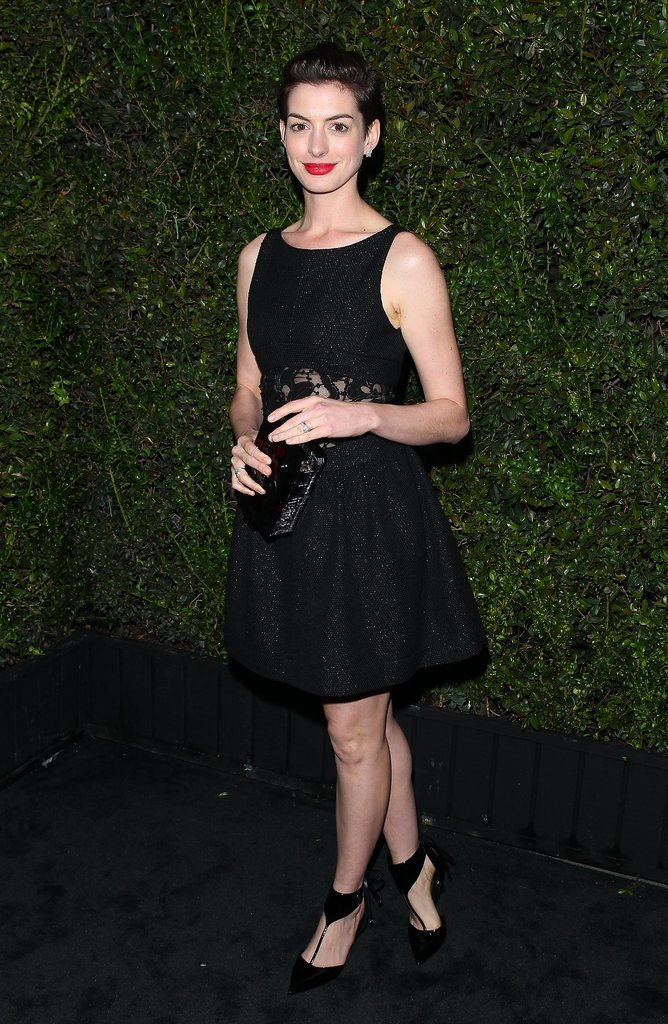 Anne Hathaway kept it simple in a black dress.