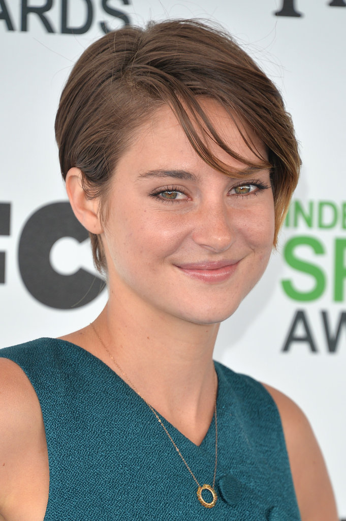 "Shailene Woodley Just Wants to ""Hang Loose"""