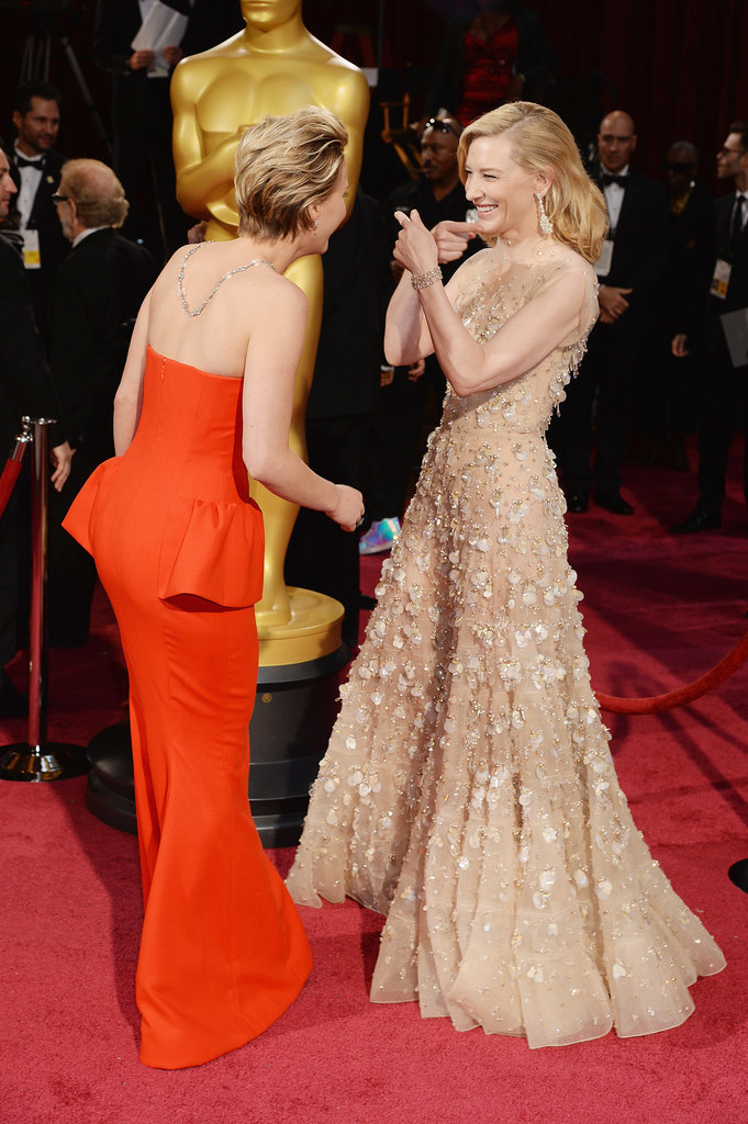 She Giggled With Cate Before the Show