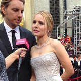Kristen Bell and Dax Shepard stopped by to chat on the red carpet.