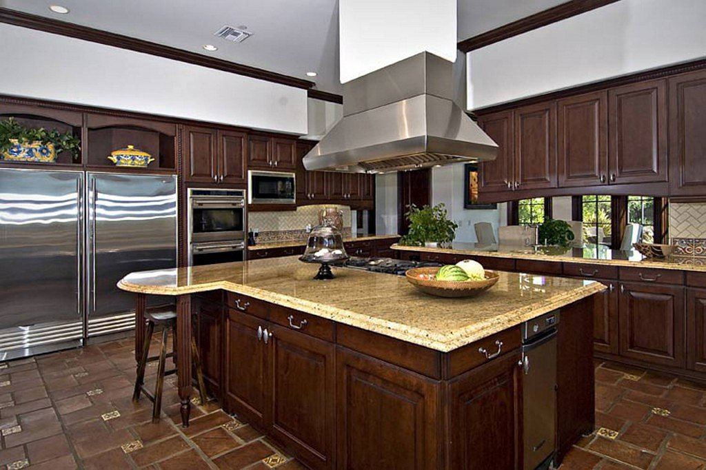 A large chef's kitchen makes a great space for entertaining.  Source: Trulia
