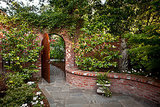 Explore Your Garden Personality: The Romantic (10 photos)