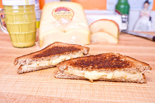 Grilled Cheese and Apple Sandwiches