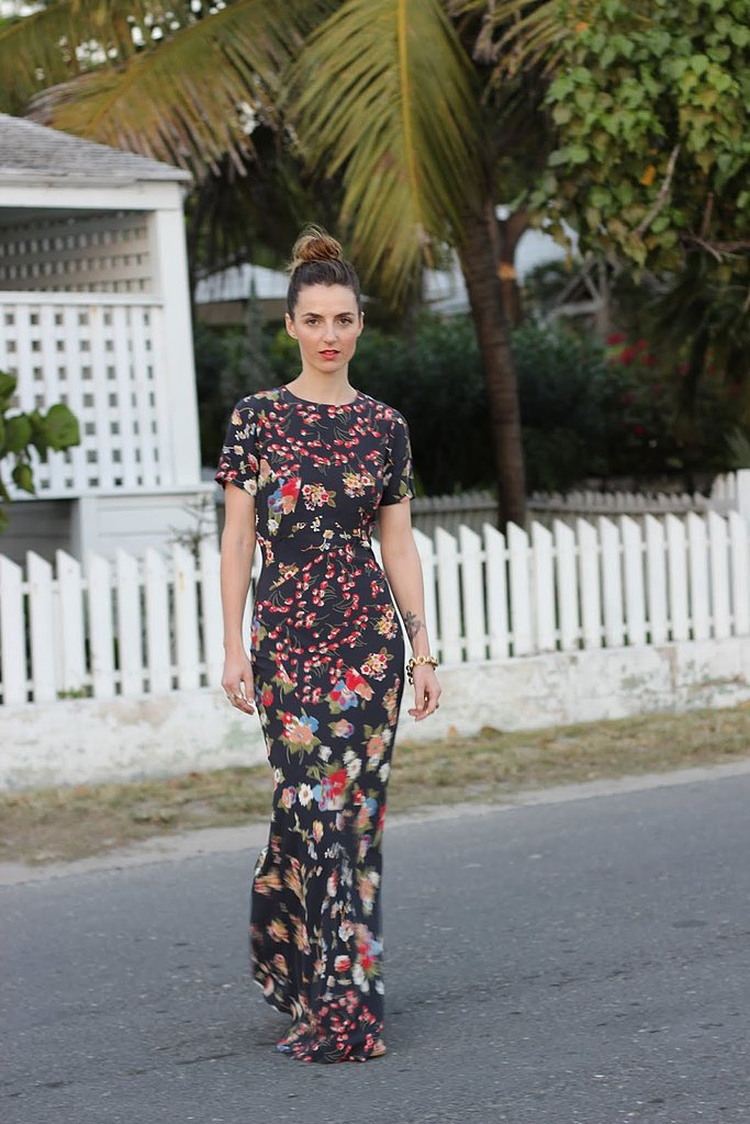 Congrats, JessAnnKirby! You nailed the sophisticated side to dark florals.