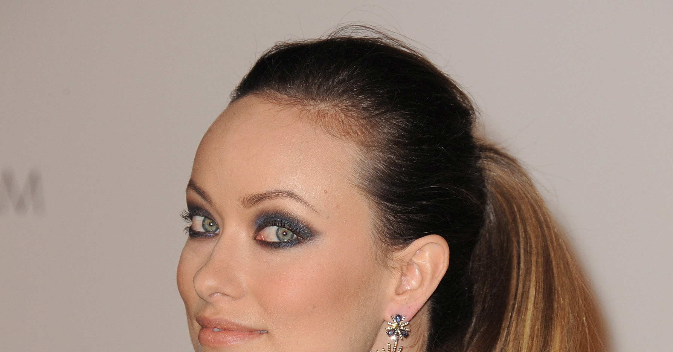Olivia Wilde with smokey eyes. | Hot Reese Joins Hollywood Couples ...
