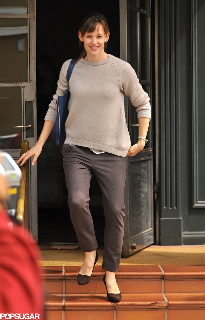 Jennifer Garner was all smiles when she ran errands around LA on Tue