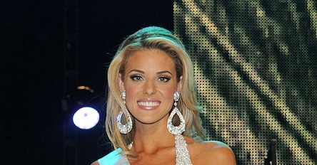 Carrie Prejean collection - 41 fotos -